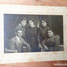 Fotografía antigua: FOTO DE PERSONAS -FOTOGRAFO NIETCE-BARCELONA-. Lote 160775590