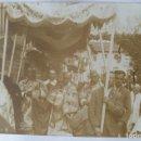 Fotografía antigua: LOGROÑO 1928 PROCESION PRECEDIDA POR EL OBISPO DE VALENCIA .. Lote 164772142