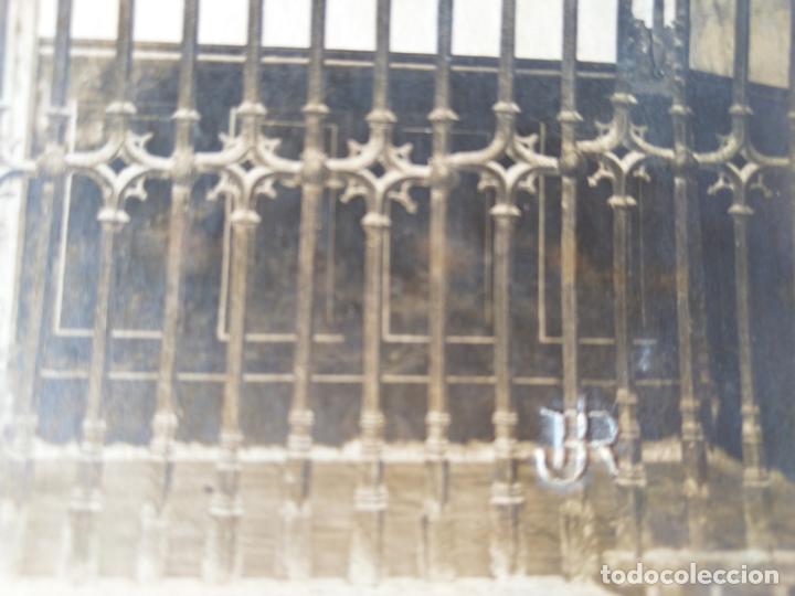 Fotografía antigua: SANTIAGO HOSPITAL REAL REJA Y RETABLO J. ROIG - Foto 2 - 164832466
