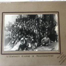 Fotografía antigua: ALBUMINA - L'ESBART CORAL A MONTSERRAT - ALMIRALL VILAFRANCA DEL PENEDES 1900'S. . Lote 167658336