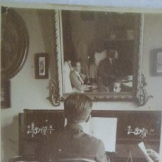 Fotografía antigua: FOTOGRAFÍA ANTIGUA HOMBRE AL PIANO.9X12 CMS.. Lote 167781004