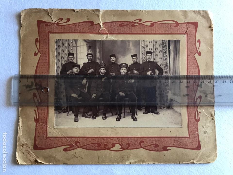 ANTIGUA Y ORIGINAL FOTOGRAFÍA MILITARES. SOLDADOS. REGIMIENTO. Nº 66. (Fotografía Antigua - Albúmina)