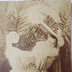 Old photograph - FOTOGRAFIA DE ESTUDIO DE UN NIÑO. BARCELONA FINALES SIGLO XIX. - 168210532
