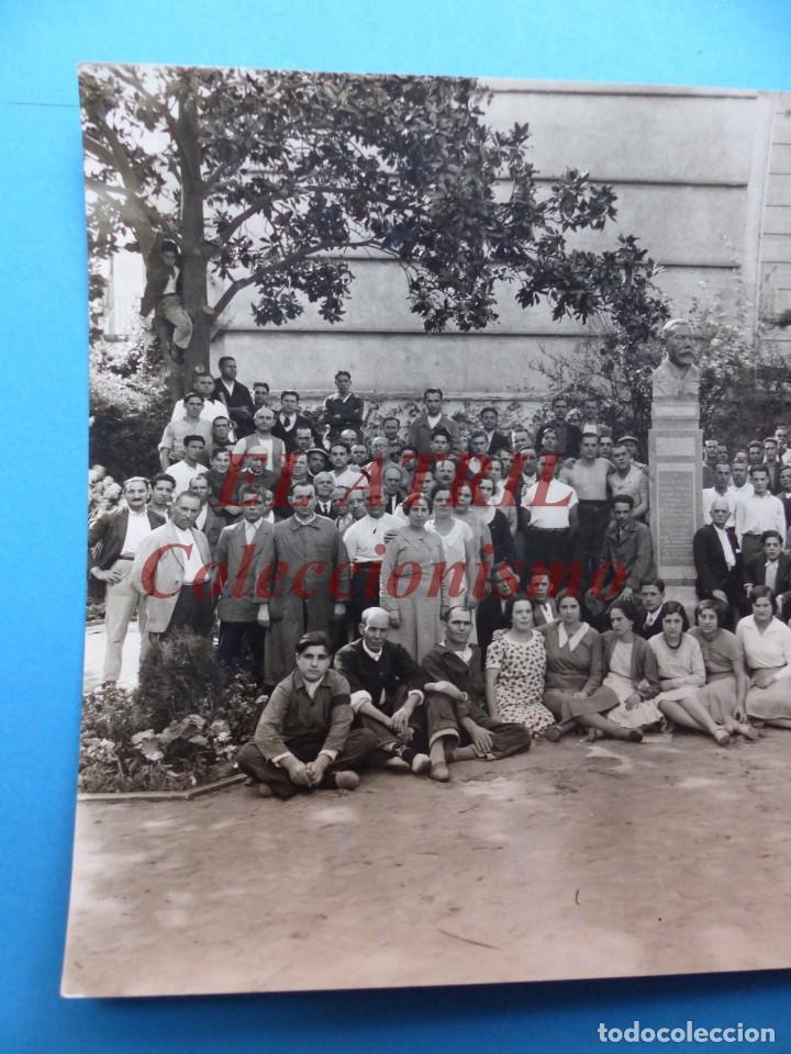 Fotografía antigua: VALENCIA, PERSONAL DE LA LITOGRAFIA SIMEON DURA - AÑOS 1930-40 - Foto 2 - 170010288