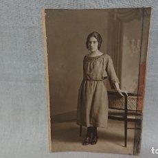 Fotografía antigua: ANTIGUA FOTOGRAFÍA RETRATÓ MUJER DE ÉPOCA DEL FOTÓGRAFO ROCA ( MADRID) . Lote 172241563