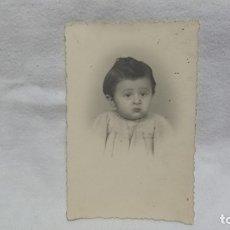 Fotografía antigua: ANTIGUA FOTOGRAFÍA RETRATÓ BEBE . Lote 172250833
