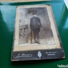 Fotografía antigua: ANTIGUA FOTO MILITAR. F. OLIVENZA. BADAJOZ. PRINCIPIOS SIGLO XX. Lote 174253982