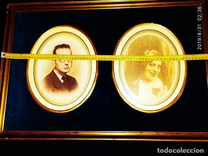Fotografía antigua: FOTOGRAFÍA ANTIGUA HOMBRE INTELECTUAL MUJER MANTILLA VINTAGE PRECIOSO GRAN MARCO TERCIOPELO AZUL - Foto 12 - 175640017