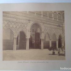 Fotografía antigua: SEVILLA ALCAZAR * CA. 1877 * ALBUMINA 29 CM * PATIO DE LA DONCELLAS. Lote 176016952