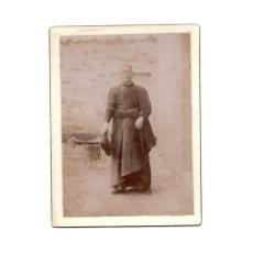 Fotografía antigua: FOTO CABINET.- RELIGIOSA. CURA. SACERDOTE.9 X 12 CM. APROX.. Lote 177569090
