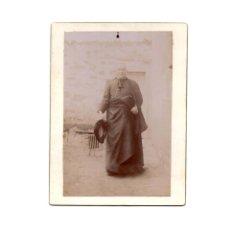 Fotografía antigua: FOTO CABINET.- RELIGIOSA. CURA. SACERDOTE.9 X 12 CM. APROX.. Lote 177569330