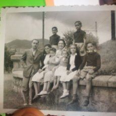 Fotografía antigua: FOTOGRAFIA ANTIGUA ORIGINAL DE FAMILIA. Lote 178978396