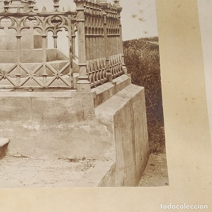Fotografía antigua: PANTEÓN NEOGÓTICO. FOTOGRAFÍA. ALBÚMINA. ESPAÑA. FINALES SIGLO XIX - Foto 4 - 181028611