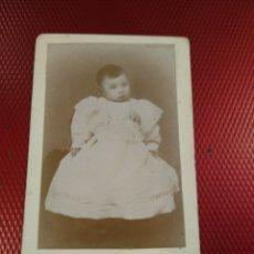 Fotografía antigua: FOTOGRAFÍA ARTÍSTICA CONSTANTINO GRACIA. ZARAGOZA. RETRATO BEBÉ.. Lote 181752213