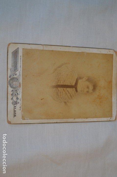 Fotografía antigua: Fotografía albúmina, finales 1800 - ROJO CAMPS y CÍA. - Sta. María 8 / Málaga - ¡Mira! - Foto 2 - 182351300