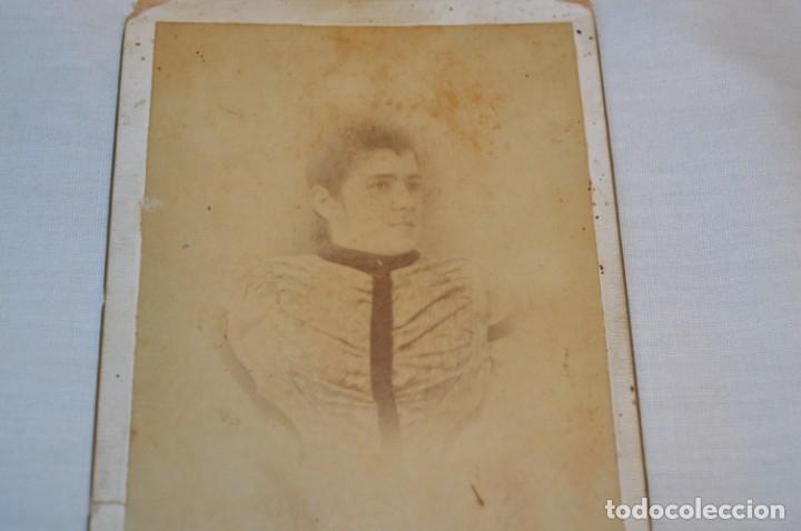 Fotografía antigua: Fotografía albúmina, finales 1800 - ROJO CAMPS y CÍA. - Sta. María 8 / Málaga - ¡Mira! - Foto 3 - 182351300