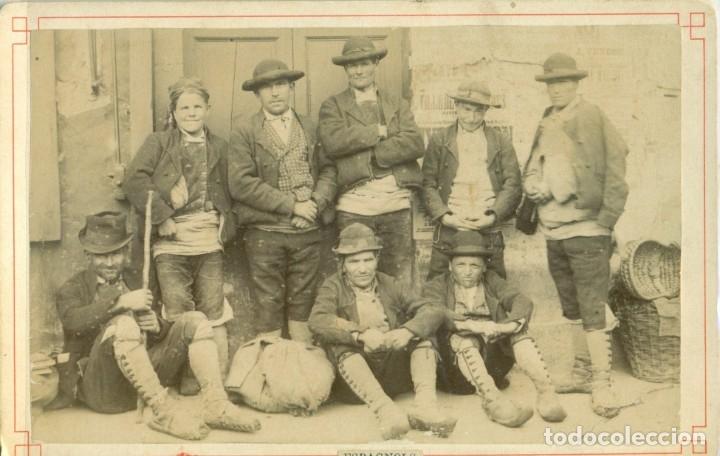 BENASQUE. TIPOS ESPAÑOLES FOTOGRAFIADOS EN FRANCIA. PIEZA ÚNICA. HACIA 1900. (Fotografía Antigua - Albúmina)