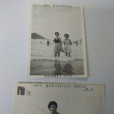Fotografía antigua: FOTOGRAFIAS ANTIGUAS PLAYA SAN SEBASTIÁN AÑO 1947 LOTE DE DOS. Lote 183716307