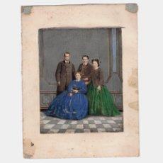 Fotografía antigua: RETRATO DE FAMILIA ILUMINADO. 1860'S. ESPAÑA, SIN DATOS. SOPORTE: 12X16 CM.. Lote 184418007