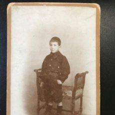 Fotografia antiga: ELIAS RIESGO ORTIZ SINDICALISTA ANTIGUA FOTO SOBRE CARTON B GALLO FOTOGRAFIA MODERNA GABINETE NIÑO. Lote 189319797