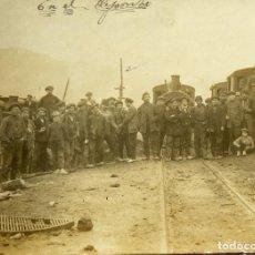 Photographie ancienne: F-4560. EN EL DEPOSITO. FOTO PRINCIPIOS DE SIGLO XX. BALAGUER. FOTO L. AMIROLA. TREMP (LLEIDA).. Lote 191109326
