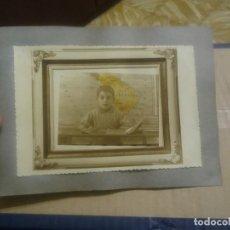 Fotografía antigua: FOTOGRAFIA ESCOLAR AÑO 1945.MEDIDAS FOTO 17 X 11'5 CM. Lote 191601361