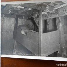 Fotografía antigua: DETALLE DE LA CÁMARA DEL ALMIRANTE CRISTOBAL COLÓN EN LA SANTA MARÍA. Lote 192044877