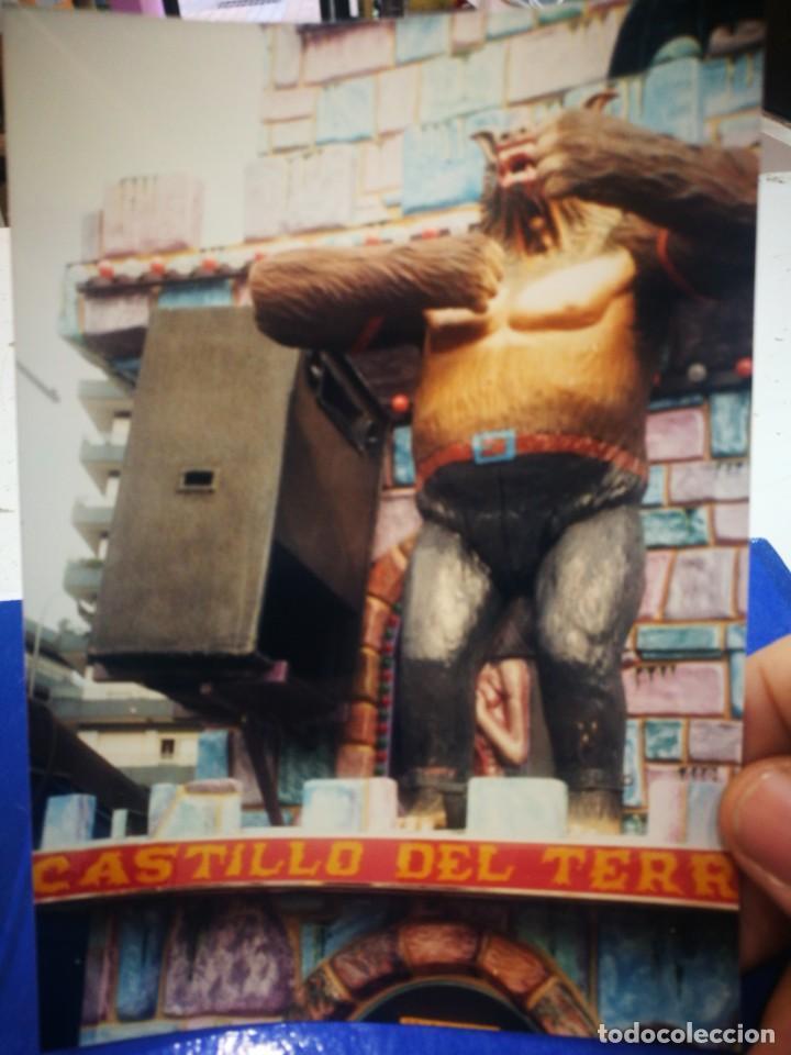 FOTOGRAFÍA CASTILLO DEL TERROR BARRACAS PARQUE DE ETXEBARRIA BILBAO ORIGINAL AÑOS OCHENTA (Fotografía Antigua - Albúmina)