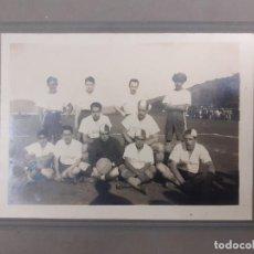 Fotografía antigua: ANTIGUA FOTOGRAFÍA C. AZTECA DE FÚTBOL. Lote 194320891