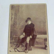 Fotografía antigua: FOTOGRAFIA ALBUMINA DE NIÑO ELEGANTEMENTE VESTIDO, CHAQUETA CON ALAMARES, FOTO M. ALVIACH, MADRID, M. Lote 194365340