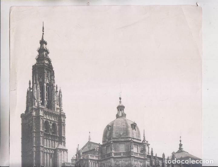 Fotografía antigua: GRAN FOTOGRAFÍA. TOLEDO. 24. LA CATEDRA. J. LAURENT Y CIA. 35 X 25 CM - Foto 2 - 194634056