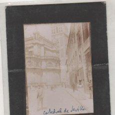 Fotografía antigua: FOTOGRAFÍA CATEDRAL DE SEVILLA. ANTONIO RUIZ ESCOBA FOTÓGRAFO. 12 X 9 CM. Lote 194710770