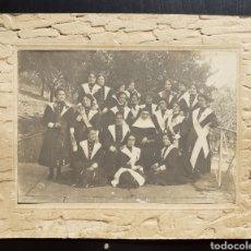 Fotografía antigua: ANTIGUA FOTOGRAFÍA MONJA Y NOVICIAS.. Lote 194778292