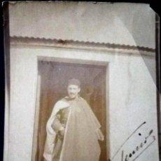 Fotografía antigua: FOTO ALBUMINA SOLDADO DE REGULARES DEDICADA, TETUAN.. Lote 195274143