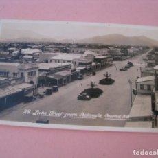Fotografía antigua: ANTIGUA FOTO DE AUSTRALIA. CAIRNS, LAKE STREET FROM BOLANDS. 11X6,5 CM. AÑOS 30. . Lote 199245708