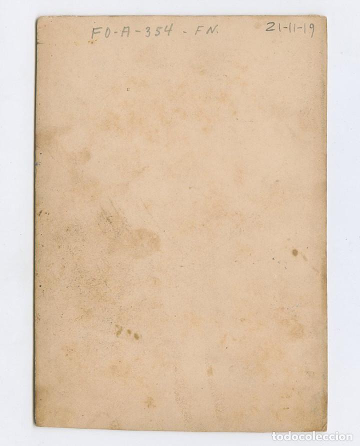 Fotografía antigua: RETRATO ILUMINADO 11x15,2 cm. sin datos. 1860 aprox. - Foto 2 - 199678328