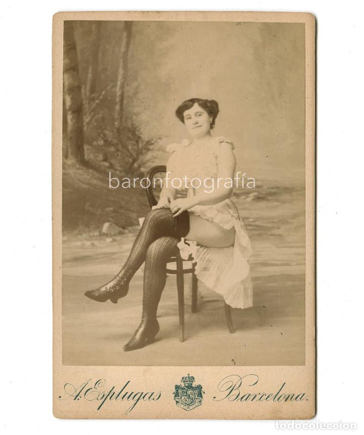RETRATO ERÓTICO DE ESTUDIO, 1890. FOTO: ANTONI ESPLUGAS, BARCELONA. 11X16,5 CM. (Fotografía Antigua - Albúmina)