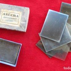 Fotografía antigua: CAJA CON 13 PLACAS DE NEGATIVOS FOTOGRÁFICOS DE CRISTAL EN SU CAJA, ENECRA GUILLEMINOT. Lote 204358260