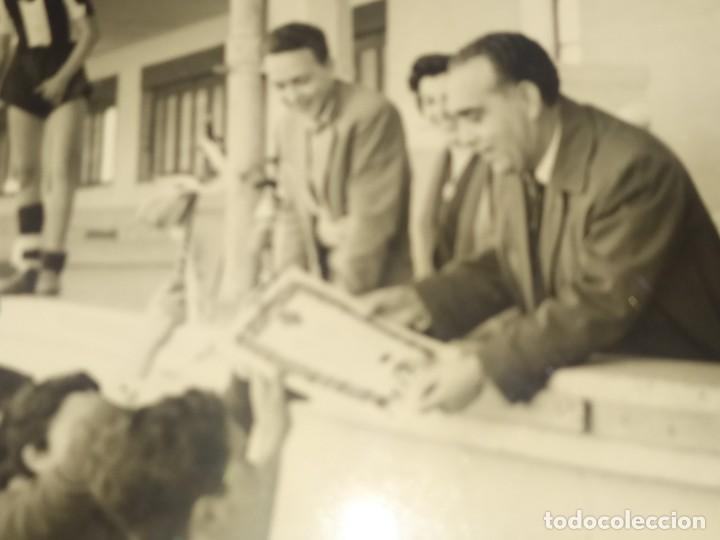 Fotografía antigua: LOTE FOTOGRAFÍAS BONACASA VALENCIA ANTIGUO EQUIPO FÚTBOL JUVENIL SIN MAS DATOS ÚNICO 1957 - Foto 2 - 206484755