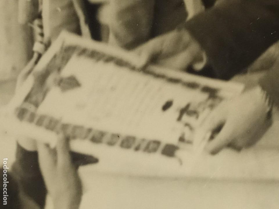 Fotografía antigua: LOTE FOTOGRAFÍAS BONACASA VALENCIA ANTIGUO EQUIPO FÚTBOL JUVENIL SIN MAS DATOS ÚNICO 1957 - Foto 4 - 206484755