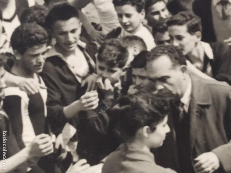 Fotografía antigua: LOTE FOTOGRAFÍAS BONACASA VALENCIA ANTIGUO EQUIPO FÚTBOL JUVENIL SIN MAS DATOS ÚNICO 1957 - Foto 13 - 206484755