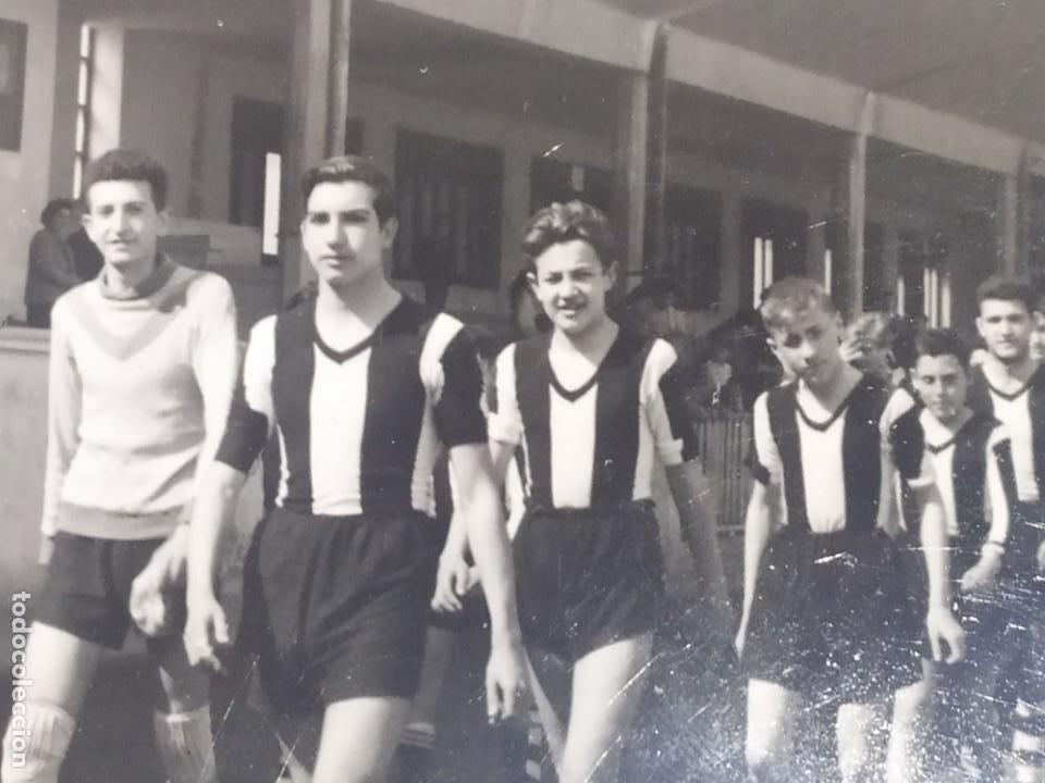 Fotografía antigua: LOTE FOTOGRAFÍAS BONACASA VALENCIA ANTIGUO EQUIPO FÚTBOL JUVENIL SIN MAS DATOS ÚNICO 1957 - Foto 16 - 206484755