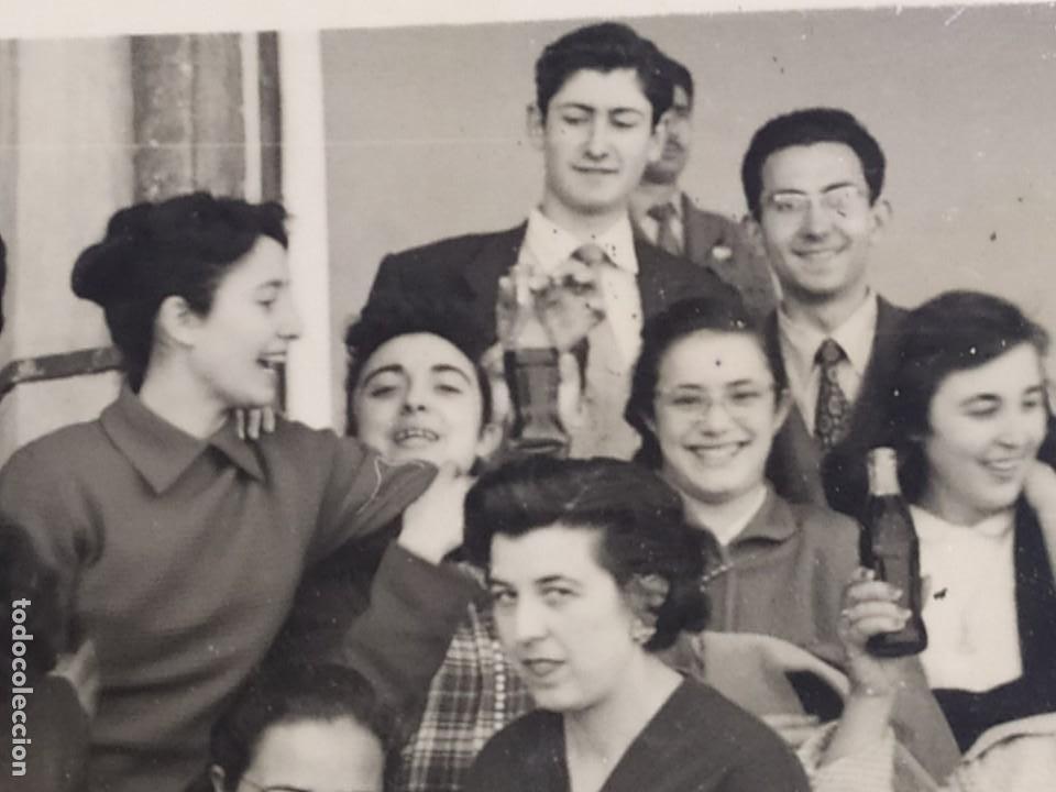 Fotografía antigua: LOTE FOTOGRAFÍAS BONACASA VALENCIA ANTIGUO EQUIPO FÚTBOL JUVENIL SIN MAS DATOS ÚNICO 1957 - Foto 21 - 206484755