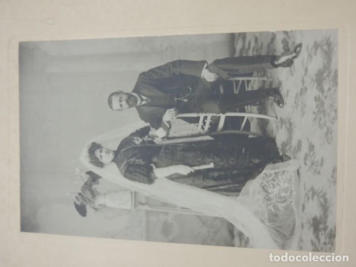 Fotografía antigua: FOTOGRAFIA DE MATRIMONIO, FOTO BORKA, MADRID, MIDE 29 X 20 CMS. - Foto 2 - 206915890