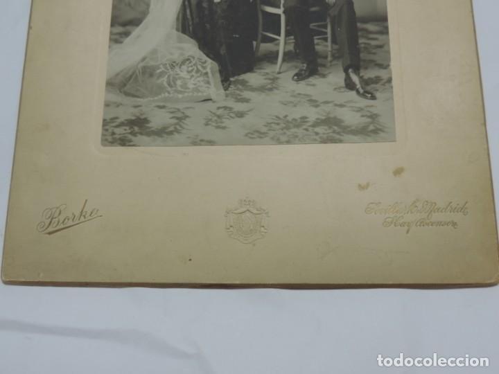 Fotografía antigua: FOTOGRAFIA DE MATRIMONIO, FOTO BORKA, MADRID, MIDE 29 X 20 CMS. - Foto 3 - 206915890