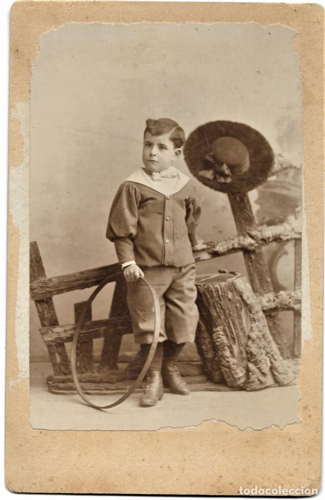 NIÑO CON UN ARO - COMPANY FOTÓGRAFO, MADRID - 1º ENERO DE 1899 (Fotografía Antigua - Albúmina)