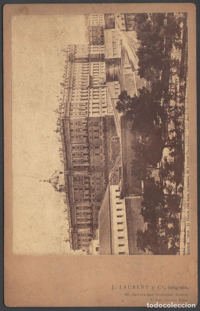 Fotografía antigua: FOTO DE MADRID Nº1016 EL PALACIO REAL DESDE LA MONTAÑA DEL PRINCIPE PIO. J. LAURENT ALBUMINA - Foto 2 - 211480610