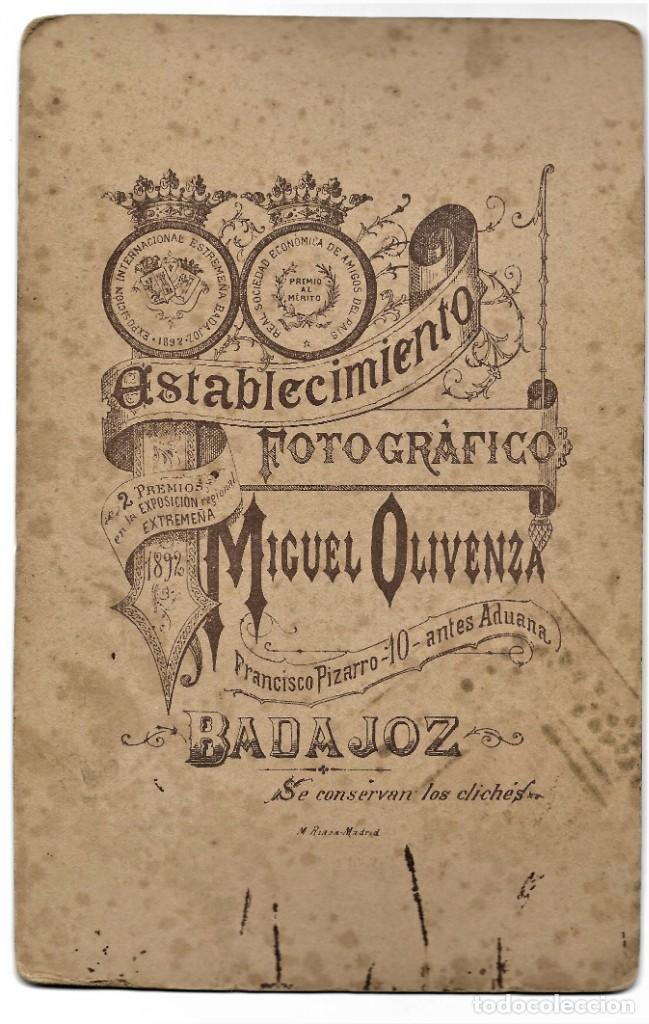 Fotografía antigua: RETRATO DE DOS NIÑOS RARO - FOTÓGRAFO MIGUEL OLIVENZA, BADAJOZ - FINALES SIGLO XIX PRINCIPIOS XX - Foto 5 - 212033218