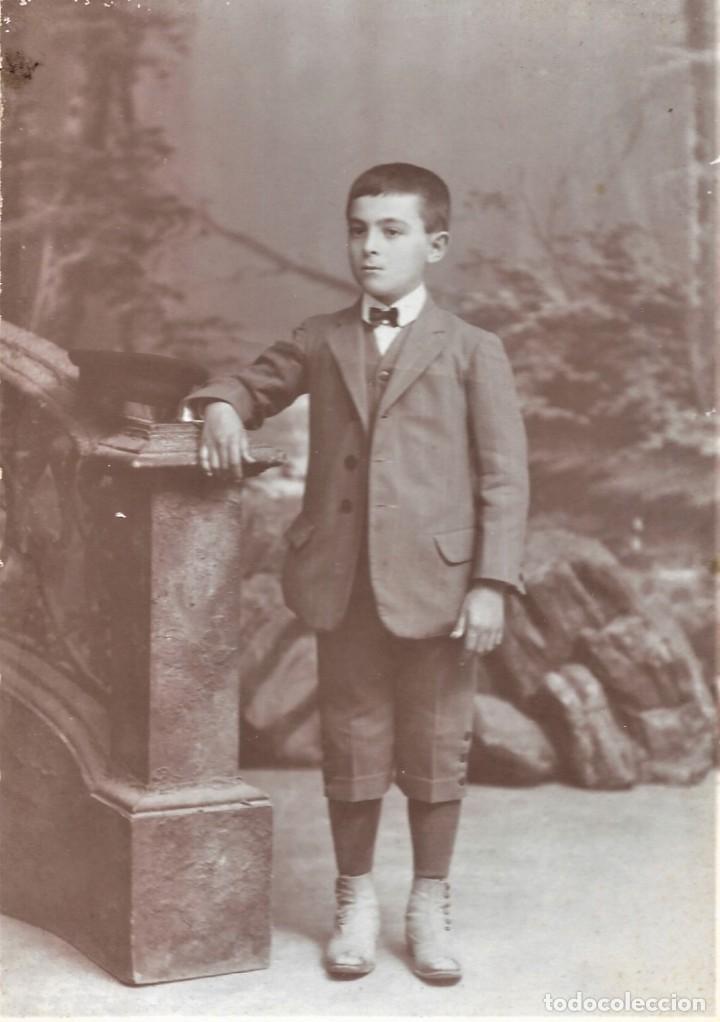 RETRATO DE UN NIÑO - FOTÓGRAFO MIGUEL OLIVENZA, BADAJOZ - FINALES SIGLO XIX PRINCIPIOS XX (Fotografía Antigua - Albúmina)