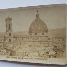 Fotografía antigua: FOTOGRAFIA DE GIACOMO BROGI 1883 LA CATTEDRALE PRESA DA ORSANMICHELE FLORENCIA ITALIA SIGLO XIX. Lote 213011093
